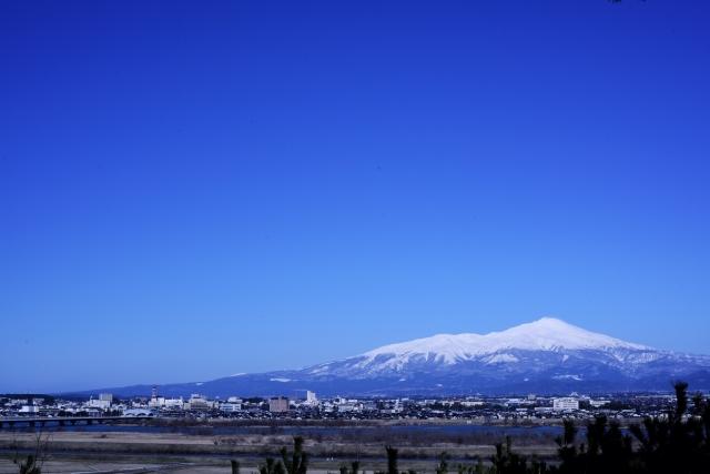 鳥海山(酒田市より)