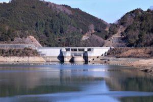 滝畑ダム(石川上流部)