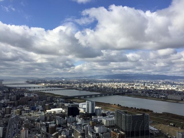 淀川河口(梅田スカイビルより)