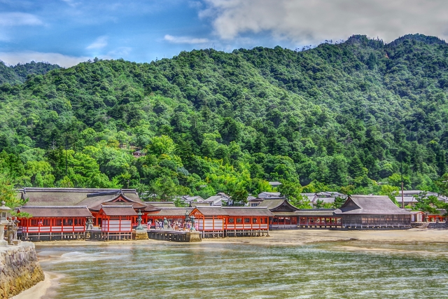 厳島神社前景(廿日市市)
