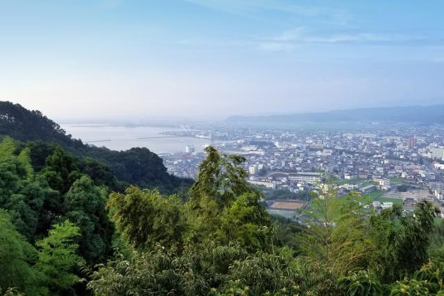小松島市と小松島湾