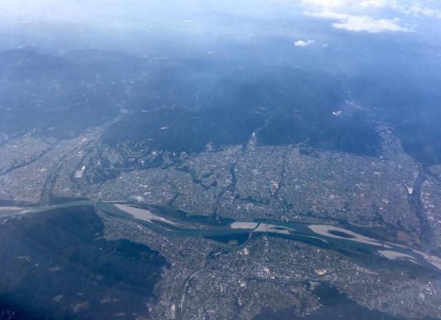 吉野川と徳島平野(吉野川市上空)