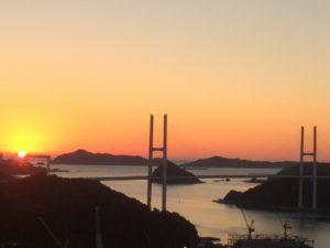 女神大橋(長崎半島基部―対岸の稲佐山方面)
