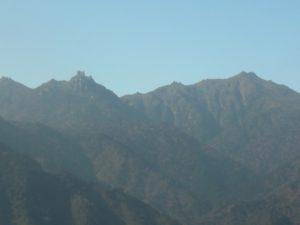 九州地方最高峰「宮之浦岳」(右側) 屋久島
